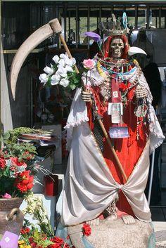 20 Best Santa Muerte Altar Images