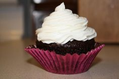 Professional Cream Cheese Buttercream Frosting-tastes like cream cheese frosting but holds up like buttercream; great for decorative cakes. ncb