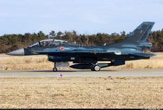 Mitsubishi F-2 | Portada comentada (fotos y planos) Mitsubishi F-2