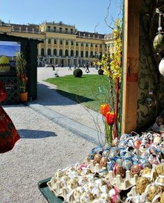 Schönbrunn' Palace's easter market. Markets Am Hof and at Altes AKH are great for local crafts fans. You can watch a few artists at work.