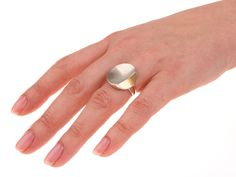 Ring LITTLE LEAF handmade in silver and gold. The Jewelry Story | Atelier Jan Kerkstra and Marion Pannekoek