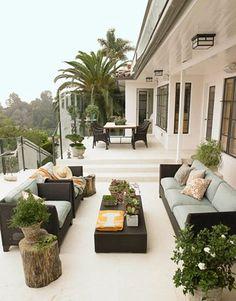 Multilevel Outdoor Rooms