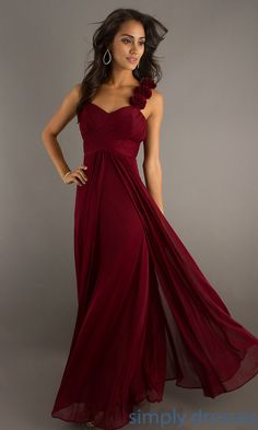 Shop Simply Dresses for cheap evening gowns for prom or party. Long flowing evening gowns and long formal dresses for prom.