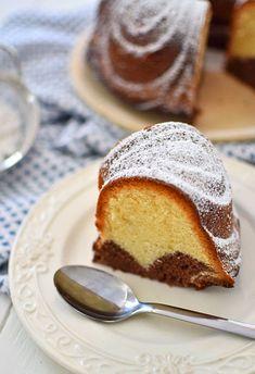 Szybka babka dwukolorowa French Toast, Bread, Breakfast, Yum Yum, Food, Morning Coffee, Breads, Bakeries, Meals