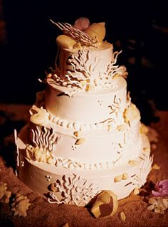brides beach wedding cake with shells the fantasy cake was baked by the ocean