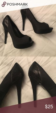 STEVE MADDEN HEEL! Size 11 STEVE MADDEN HEEL! Size 11. Wore twice! Black with sparkles on heel! FROM A PER AND SMOKE FREE HOME !!! Steve Madden Shoes Heels