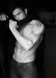 what man wouldn't want to look like that....women would be fallin for them left and right! :) mmmmm