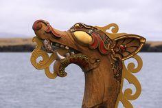 Draken Harald Hårfagre, a beautiful Viking longship, visits Reykjavik as part of the Expedition America 2016 voyage across the North Atlantic. Viking Armor, Viking Dragon, Viking Shield, Visit Reykjavik, Viking Longship, Germanic Tribes, Viking Culture, Viking Life, Viking Jewelry