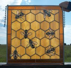bee stained glass |