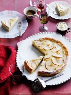 Apple And Marscapone Torta