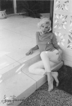 Marilyn photographed by George Barris, June-July 1962.