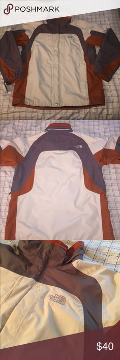 The North Face Hyvent Jacket Hyvent Jacket by the North Face. In great Condition & will keep you warm. Size Large. Open to Offers The North Face Jackets & Coats
