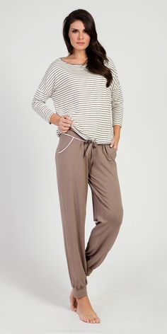 Loungewear Set 95% Viscose 5% Elastane   Loungewear  Vamp! Loungewear Set 95% Viscose 5% Elastane 5420-5422 Loungewear Set, Lounge Wear, Cozy, Pants, Collection, Fashion, Trouser Pants, Moda, Loungewear