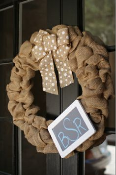 burlap front door wreath | Undercover Hostess