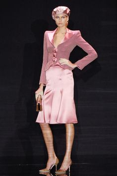 Armani Privé at Couture Fall 2005 - Runway Photos