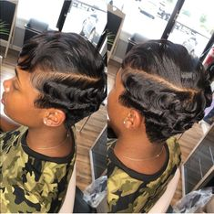 16 Short Curly Hairstyles That Will Make You Want To Cut Your Hair - The Glossychic Short Sassy Hair, Short Grey Hair, Short Blonde, Short Hair Cuts, Pixie Cuts, Faux Locs Hairstyles, African Braids Hairstyles, Ponytail Hairstyles, Hairdos