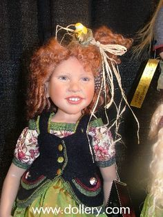 I don't know if this makes me laugh as much as it scares me! How creepy!-Zwergnase Artist Dolls