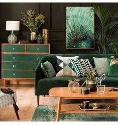 Der Wohnungsbesitzer ist wohl auch ein Fan von grün im Interior... Die Kombination der Akzente ist sehr interessant!