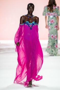 Badgley Mischka Spring 2020 Ready-to-Wear Collection - Vogue Kleider Haute Couture Badgley Mischka Spring 2020 Ready-to-Wear Fashion Show Fashion 2020, Look Fashion, Runway Fashion, Spring Fashion, High Fashion, Fashion Outfits, Fashion Design, Fashion Trends, Haute Couture Style