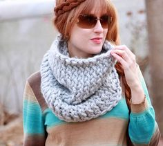 Super Chunky Easy Knit Cowl | AllFreeKnitting.com