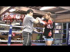 伊藤紗弥 Ito Saya at 15yrs pads work   kick boxing muay thai