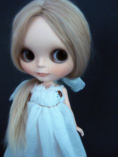 Custom Blythe by CHLOELLABOO