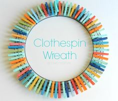 Colorful, no-glue clothespin wreath - Lisa