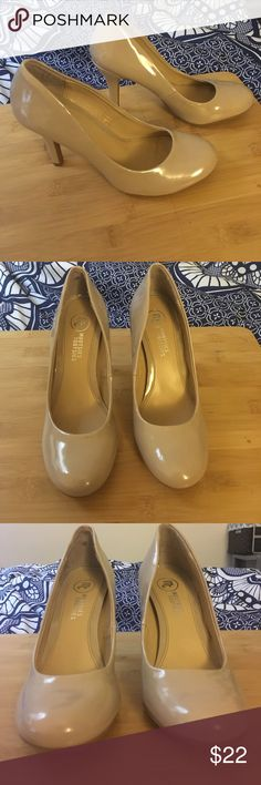 Nude Patent Leather Round Toe Pumps Super cute nude patent leather heels, worn only once! No scuffs or signs of wear on the uppers! EUC Mootsies Tootsies Shoes Heels