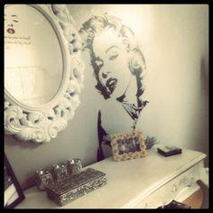 Marilyn Monroe room theme