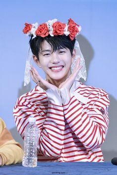 Sparkling Eyes, Korean Aesthetic, Aesthetic Pastel Wallpaper, Woollim Entertainment, Child Actors, Golden Child, Pretty Wallpapers, Flower Boys, K Idol