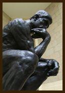 オーギュスト・ロダン About Auguste Rodin 19世紀を代表するフランスの彫刻家。1840年、警視庁の下級官吏の子として、パリに生まれる。帝国素描・算数専門学校で美術の基礎を学ぶが、国立美術学校の試験に3度失敗。セーヴル磁器工場などでの仕事を経て、40歳で《地獄の門》の制作を国から依頼されてから、ようやく彫刻家として認められる。以後、革新的な実験や大胆な造形力によって、20世紀彫刻への流れを準備する。 Shizuoka Prefectural Museum of Art.