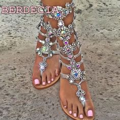 78.00$  Buy now - http://ali8hn.shopchina.info/1/go.php?t=32813591412 - 2017 new summer Bohemia flat sandals bling crystal diamond high heels women's shoes foreign trade big size clip feet sandals  #SHOPPING
