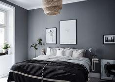 10 Dark bedroom walls – Candle Making Dark Bedroom Walls, Bedroom Wall Colors, Home Bedroom, Master Bedroom, Bedroom Decor, Charcoal Bedroom, Dark Bedrooms, Charcoal Paint, Light Bedroom
