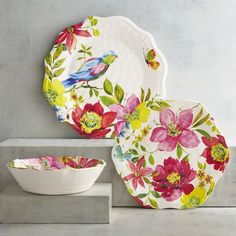 Besides flaunting brightly colored flowers, our Happy Blooms Dinnerware surprises with its shatter-resistant construction. Crafted of melamine, it's dishwasher-safe and will blossom on a winter table as well as it does in the springtime.