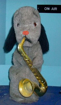 Close up of Sweep, from the Sooty show- he is part of an amusement display that played a tune and moved when you fed a coin in. 2000s Kids Shows, Durham Museum, Old Tv Shows, My Childhood Memories, Old Things, Silly Things, Back In The Day, Vintage Posters, Action Figures