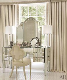 mirrored vanity.