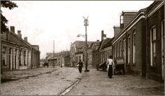 Oud Almelo, een foto van rond het jaar 1900 gezien richting de veemarkt.
