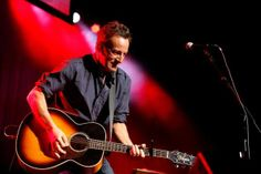 Bruce Springsteen heads New Orleans Jazz and Heritage Festival. #JazzFest