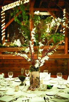 Enchanted Forest Woodland Moss Wedding Ideas #greenwedding #wedding #weddingideas