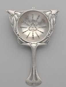 Silver tea strainer, probably designed and made by Horace Potter (American, and Potter Studios (American). Cleveland Museum of Art. Vintage Silver, Antique Silver, Hildesheimer Rose, Cleveland Museum Of Art, Tea Strainer, Tea Infuser, Cuppa Tea, Tea Caddy, Tea Time