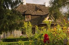 Kazimierz Dolny Poland Manor Houses, Old World, Poland, House Styles, Castles, Romantic, France, Lifestyle, Travel