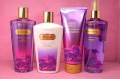 Victoria Secret's Love Spell Fragrance Mist, Lotion, Body Wash and Moisterizing Cream Victoria Secret Body Spray, Victoria Secret Love Spell, Victoria Secret Fragrances, Victoria Secret Perfume, Gloss Labial, Diy Beauté, Love Spells, Smell Good, Body Wash