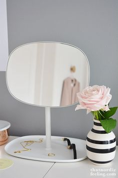 Nordic Days is a website with Scandinavian interiors where you learn everything about Scandinavian design and the latest home interior trends. Decor, Interior Trend, Walk In Closet Inspiration, Big Bedrooms, Interior, Home, Bedroom Inspirations, Pretty Storage, Inspiration