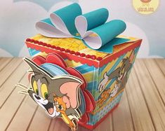 Birthday Giveaways For Kids, Tom E Jerry, Looney Tunes, Little Boys, Toy Chest, Birthday Parties, Kindergarten, Lunch Box, Boxes