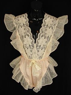 Small LILLY OF FRANCE Honeymoon Nightie Teddy Satin Lace Ruffles Beautiful Sexy $22.91