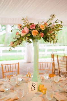 http://www.bamweddings.com/hyemyung-james  Love this centerpiece! Simple but a statement.