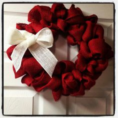 Red Burlap Christmas Wreath -- add a couple small Christmas ornaments too! White and red bow for our red door Burlap Crafts, Wreath Crafts, Diy Wreath, Burlap Wreath, Wreath Ideas, Christmas Ornament Wreath, Holiday Wreaths, Holiday Crafts, Burlap Christmas Decorations