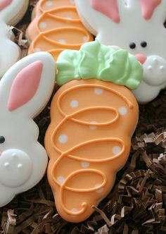 I like: The polka dots and swirl on the carrot cookie. I like: The polka dots and swirl on the carrot cookie. Fancy Cookies, Cute Cookies, Easter Cookies, Holiday Cookies, Royal Icing For Cookies, Royal Frosting, Summer Cookies, Heart Cookies, Valentine Cookies