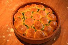 Τυρομπουκίτσες με βούτυρο και σκόρδο Quiche, Cantaloupe, Pie, Fruit, Breakfast, Ethnic Recipes, Desserts, Food, Gastronomia