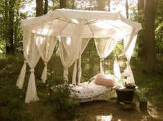 I want this in my backyard for power naps! <3